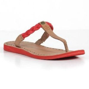 UGG | Bria Red Tan Thong Sandal